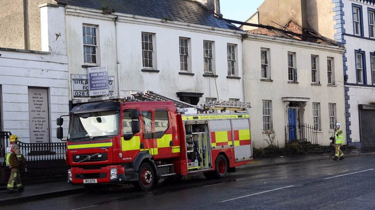 Severe damage to the roof of the building in Lurgan. Credit: Presseye
