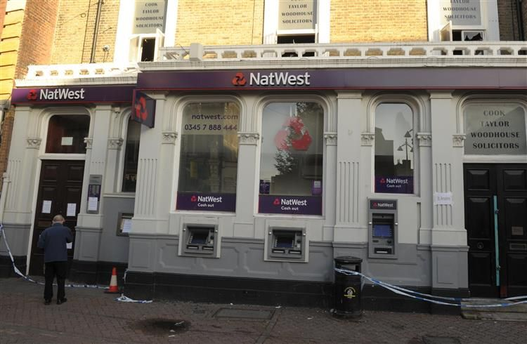 The Natwest Dartford Branch has remained closed since the fire.